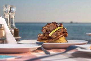 naxos-restaurant-32